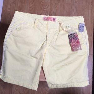 Billabong yellow shorts